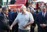 Лукашенко отметил 25-летие комбайностроения в Логойском районе